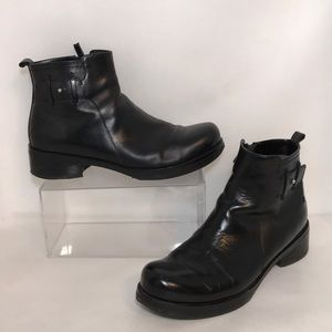 Costume National Black Leather Ankle Boots Sz 37.5